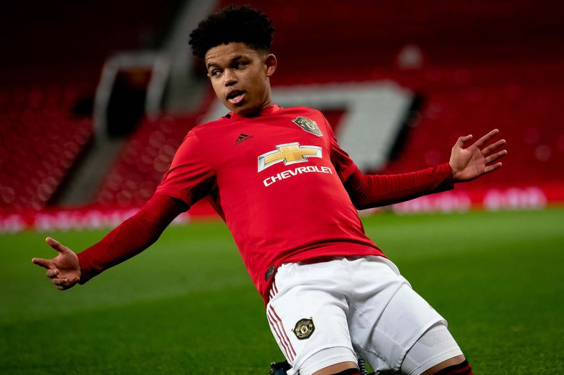 Shola Shoretire 16-year-old Nigerian striker signs deal with Manchester United FC