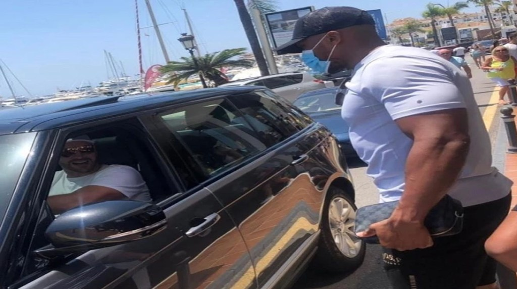 Anthony Joshua and Tyson Fury suddenly meet each other while holidaying in Marbella