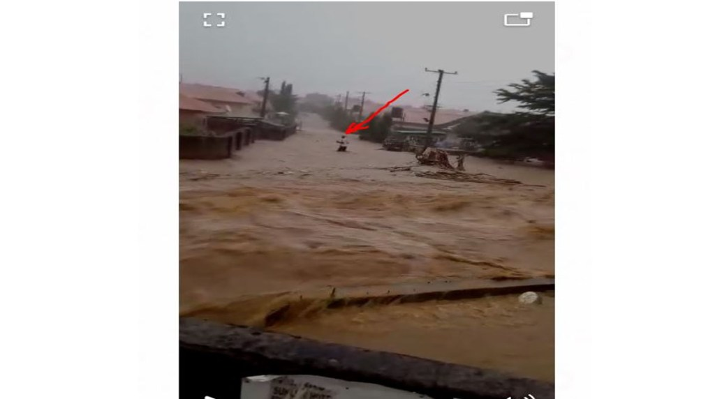 Heavy flood sweeps man away in Trademore Estate Abuja before his dead body was found the next day