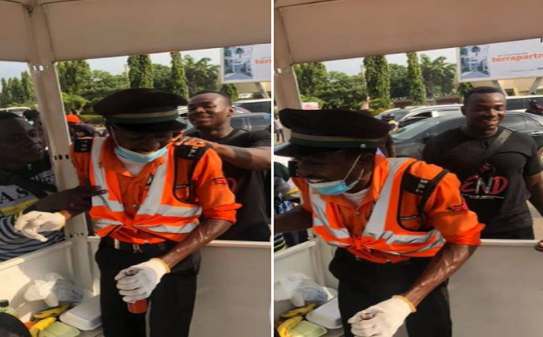 #EndSARS protesters recount how their act 0f kindness moved an Abuja traffic warden to tears