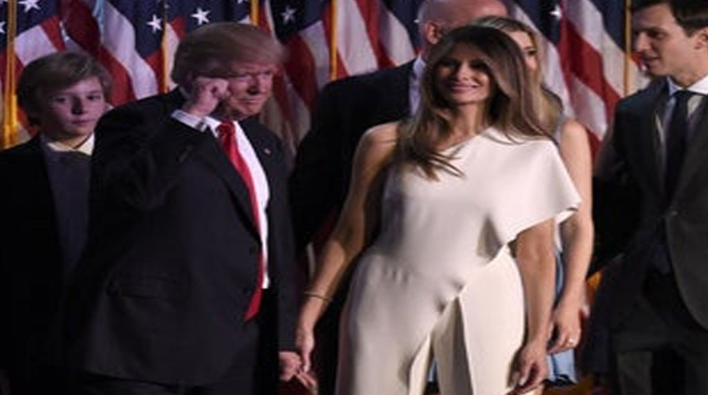 Trumps wife Melania is counting the minutes to divorce after his presidential defeat former aide claims 1