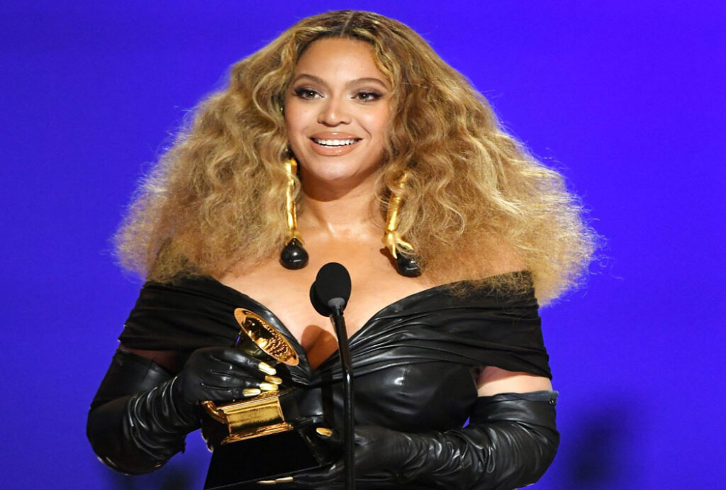 Pop-Queen-Beyonce-made-history-at-the-63rd-Grammy-Awards-as-she-earned-her-28th-win-making-her-the-shows-most-decorated-female-artist