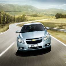 Chevrolet Cruze Saloon Review 2011, Prices, Pictures & Specifications
