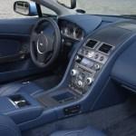 Aston Martin-V8 Vantage interior