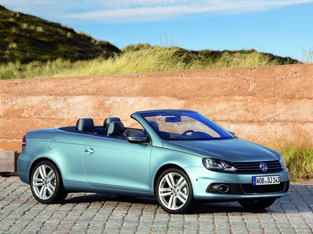 volkswagen eos coupe cabriolet review. Black Bedroom Furniture Sets. Home Design Ideas