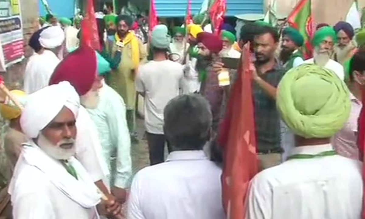 Farmers announce 'Mission Uttar Pradesh', to campaign against BJP in UP assembly polls