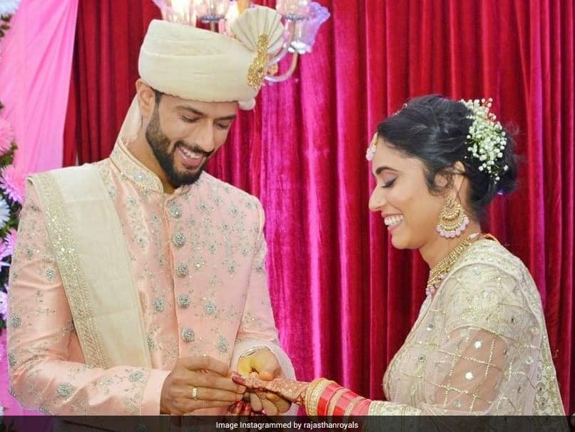 शिवम दुबे की गर्लफ्रेंड अंजुम खान की शादी।  तस्वीरें देखें