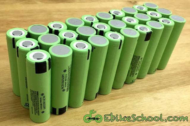 Plastic Battery Storage Case Box Holder 18650 Parallel Arrangement 3.7V Kits New