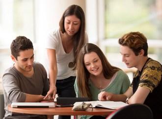 Cada vez más jóvenes deciden realizar su primera experiencia de trabajo en el exterior