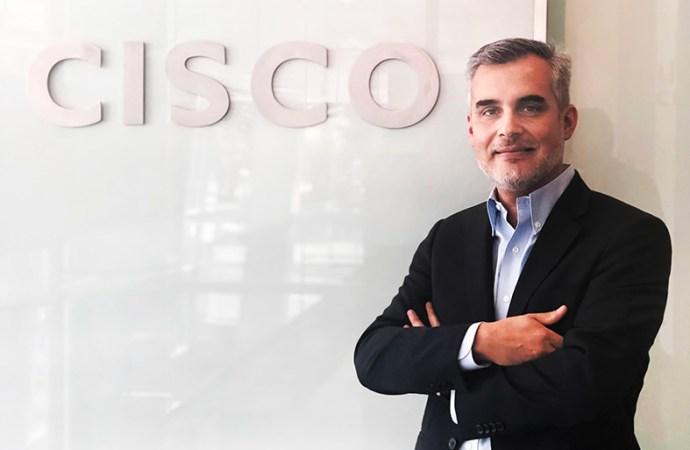 Cisco designó a Víctor Ruiz como nuevo gerente de Banca y Finanzas en Chile