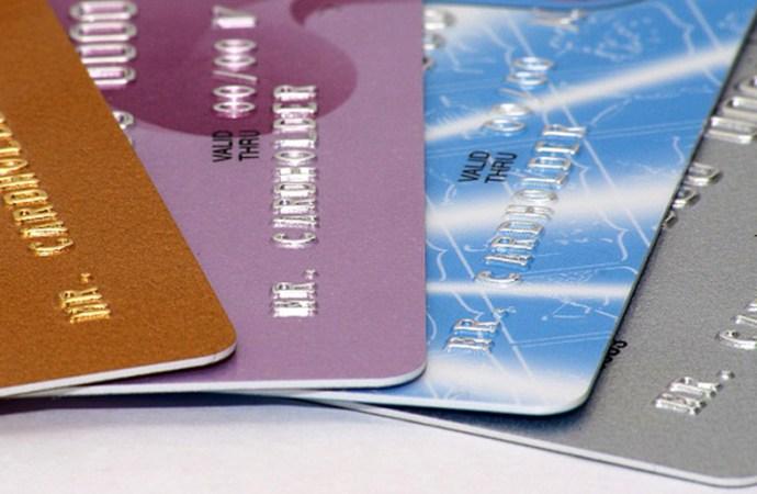 Diferencias entre una tarjeta de crédito y una tarjeta de débito