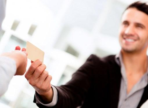Prestadero invita a ganar dinero al recomendar a un solicitante de crédito