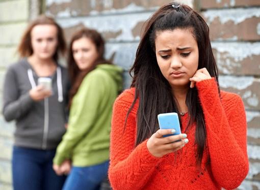 Internet en los adolescentes: cyberbulling o acoso digital