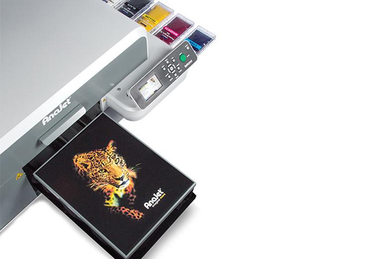 Ricoh presentó un nuevo equipo para impresión directa en telas