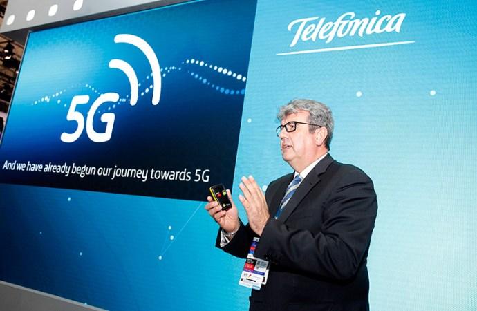 Telefónica y Ericsson hacen la primera demo mundial de conducción remota 5G