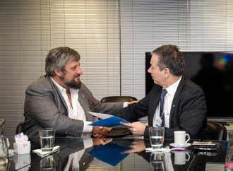 Cooperación para fortalecer las TICs en Argentina