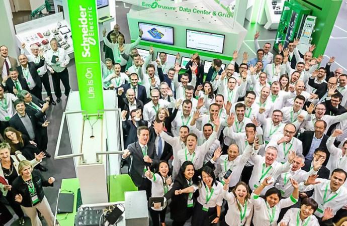 Schneider Electric compartió su visión de negocio, estrategia y nuevo portfolio de soluciones