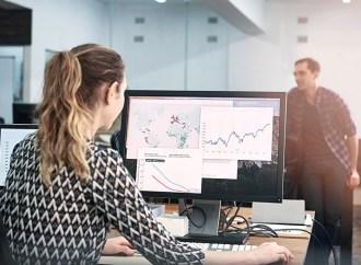Trabajadoras de la industria tecnológica pueden mejorar la diversidad de género