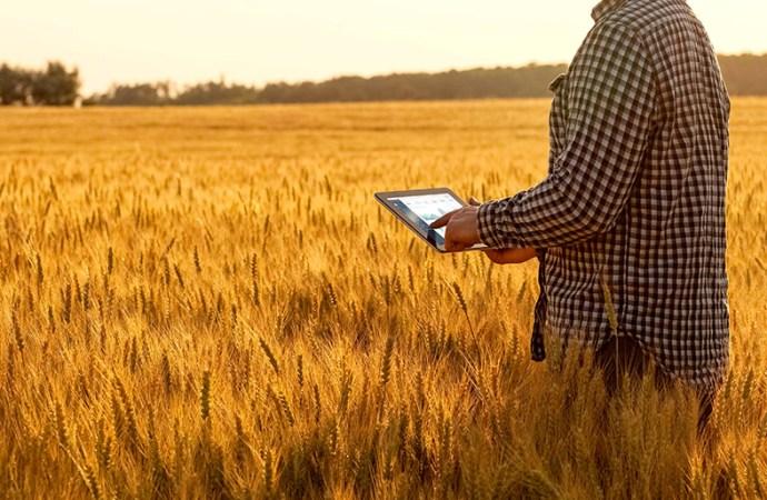 Telecom presentó soluciones para un campo argentino cada vez más inteligente