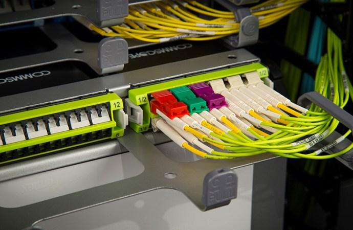El futuro del cableado: fibra óptica o cableado de cobre