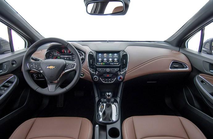 Chevrolet presentó el Cruze Premier con wifi