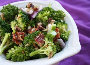 The best EASY broccoli salad with no dairy or eggs.