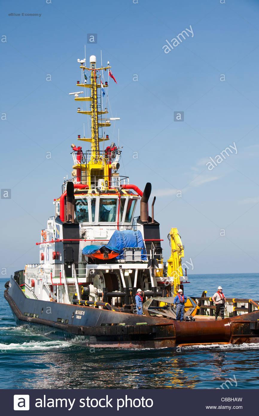 eBlue_economy-tug-boat