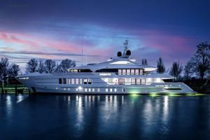 eBlue_economy_heesen-delivers-moskito-yn-19255-formerly-project-pollux_100901