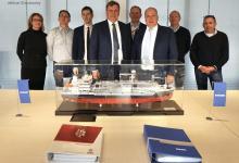 eBlue_economy_Damen delivers LGC 6000 LNG bunkering vessel to Elenger