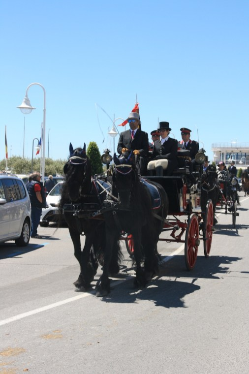 Tres Tombs 25