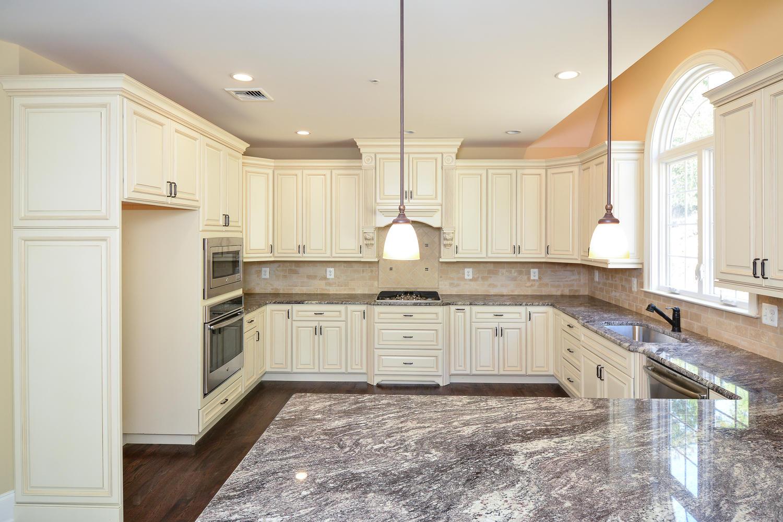1280 Cedar Grove Rd Media PA-large-016-Kitchen-1500×1000-72dpi