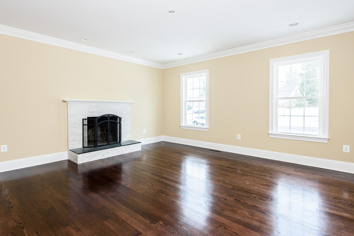 3402 Lewis Rd Newtown Square-large-005-Living Room-1499×1000-72dpi