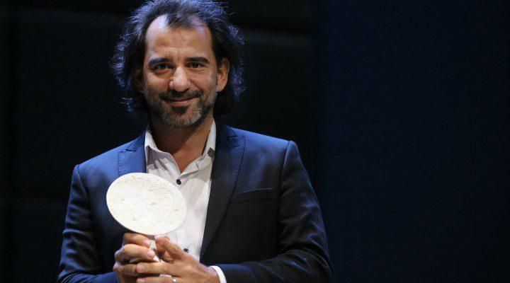 Pablo Trapero recogiendo el Premio Luna de Valencia