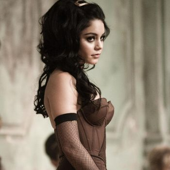 Vanessa Hudgens es Blondie en Sucker Punch