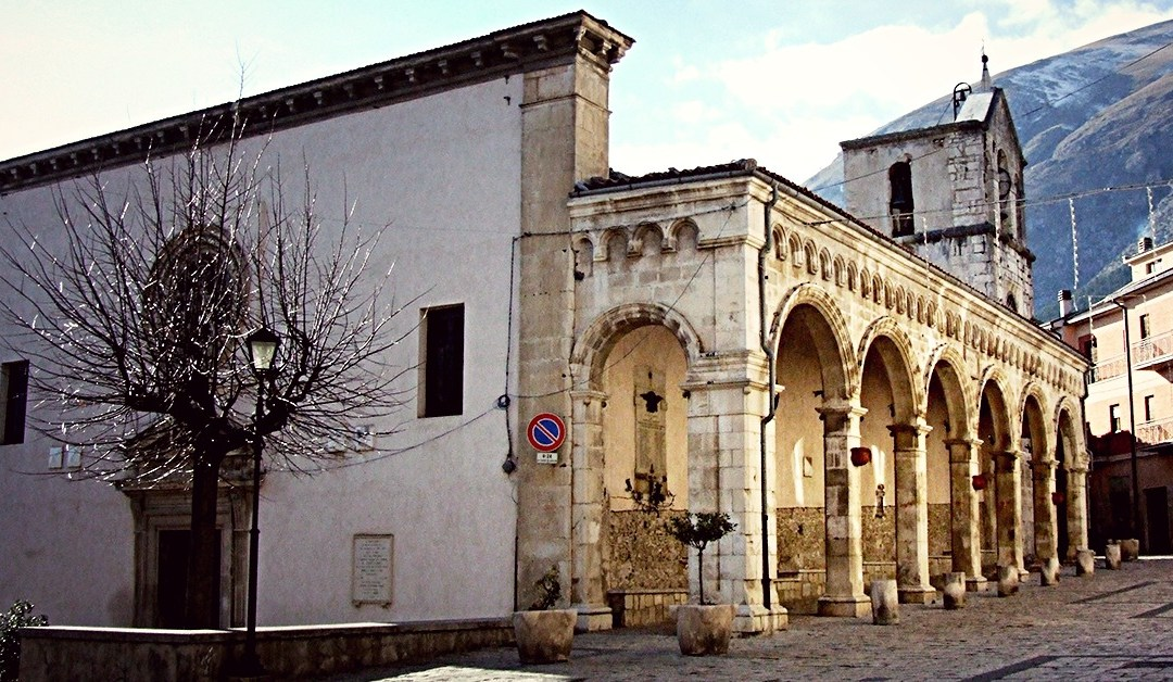 Per le Vie del Borgo: Lama Dei Peligni (CH)