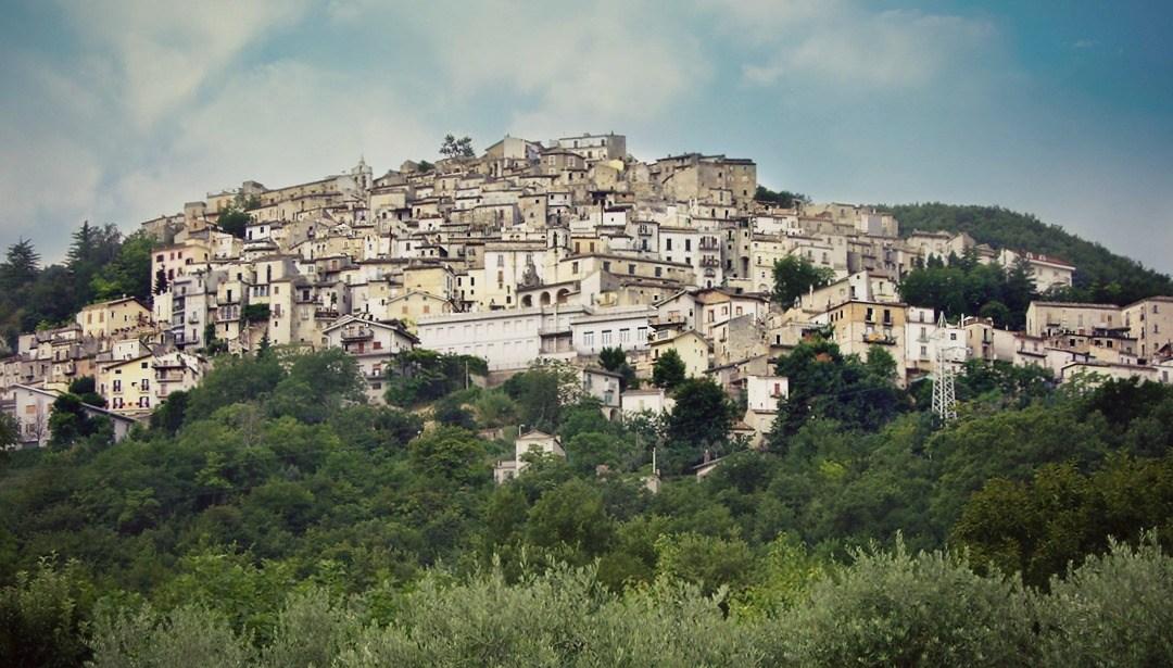 Per le Vie del Borgo: Pretoro (CH)