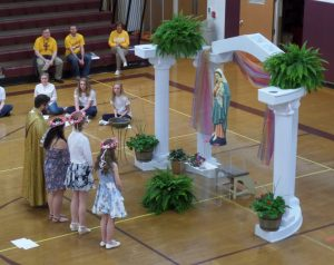 ECCSS celebrates Living Rosary and May Crowning ceremony