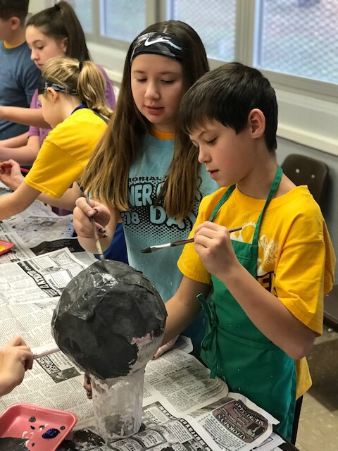 """Fifth grade students """"explore"""" our solar system"""