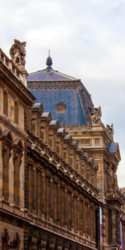 Le Louvre rue de Rivoli