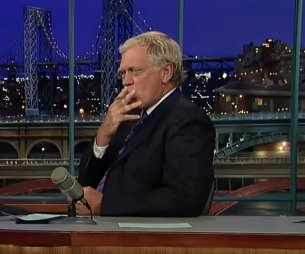 David Letterman gives vaping a go