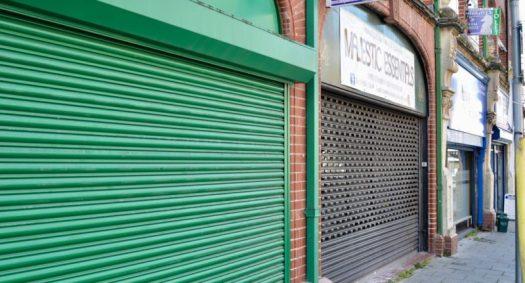 vape shops lock down