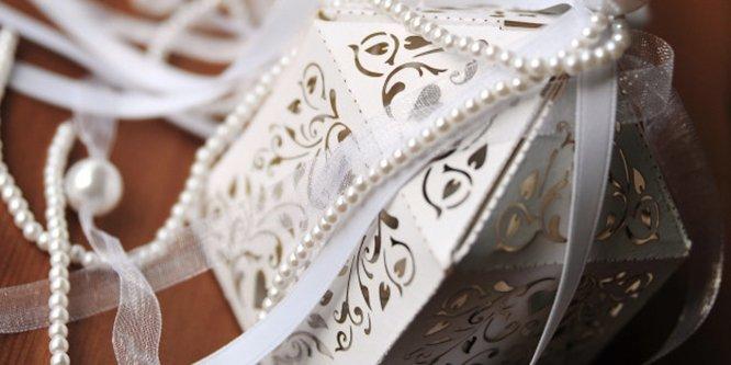 bomboniere matrimonio personalizzate taglio laser