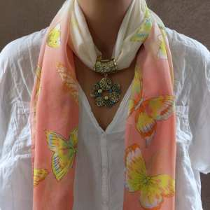 Bijou de foulard Fleez
