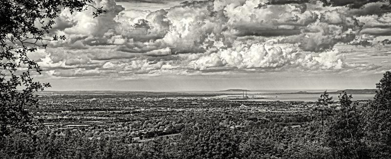 Dublin as seen from the Dublin Mountains : Baile Atha Cliath