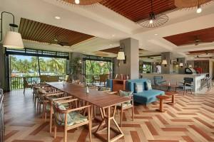 Bar & Restaurant Lounge