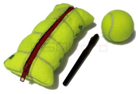 Trousse en balles de tennis