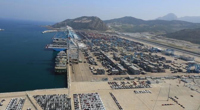 Tanger med port à conteneurs