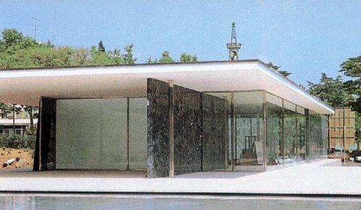 Pavilhão Alemão da Exposição Internacional de Barcelona, Mies Van Der Rohe, 1929, reconstruído entre 1984 a 1986 (Blaser, 1996)
