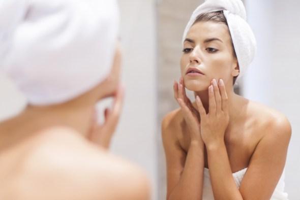 beauty - SCOMMETTIAMO CHE NON SAI LAVARTI LA FACCIA? 4 regole fondamentali
