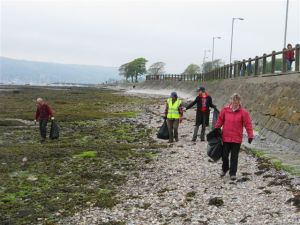 Helensburgh Beach Clean (2)